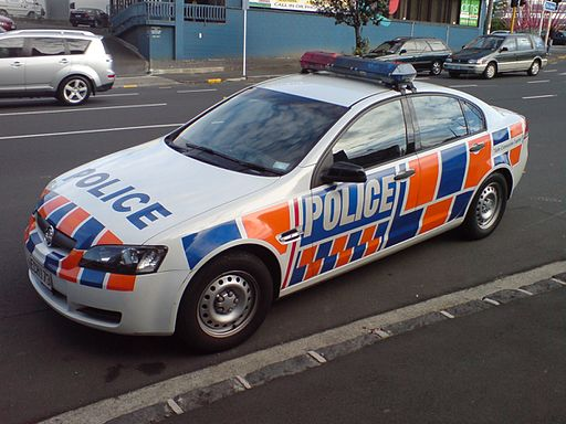 Police_Car_On_An_Auckland_Street